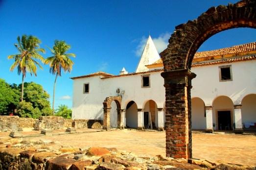 Igreja de Nazaré e Ruínas do Convento em Cabo de Santo Agostinho-PE